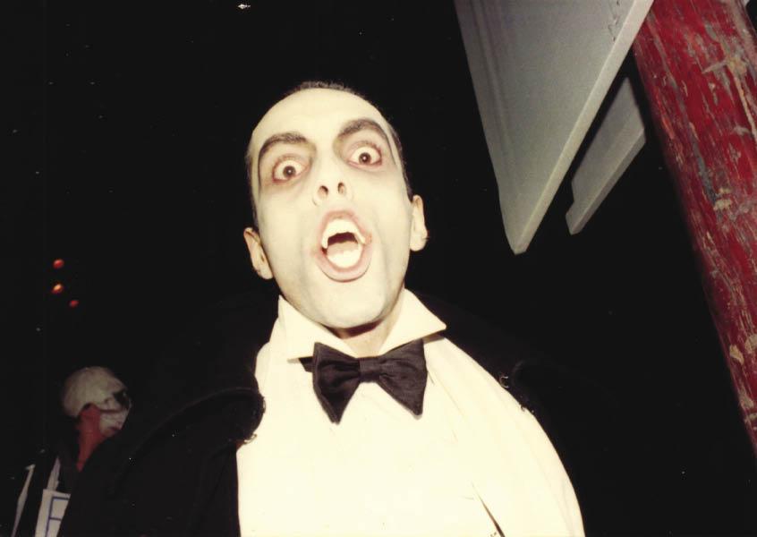 1981 - Gran Balo Macabro Publico el Trionfo de la Morte - Dracula in campo San Maurizio (foto di anonimo).